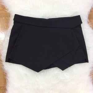 Zara Basic Black Skort Shorts Medium